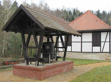"""Technisches Denkmal """"Zylindergebläse Muldenhütten"""""""